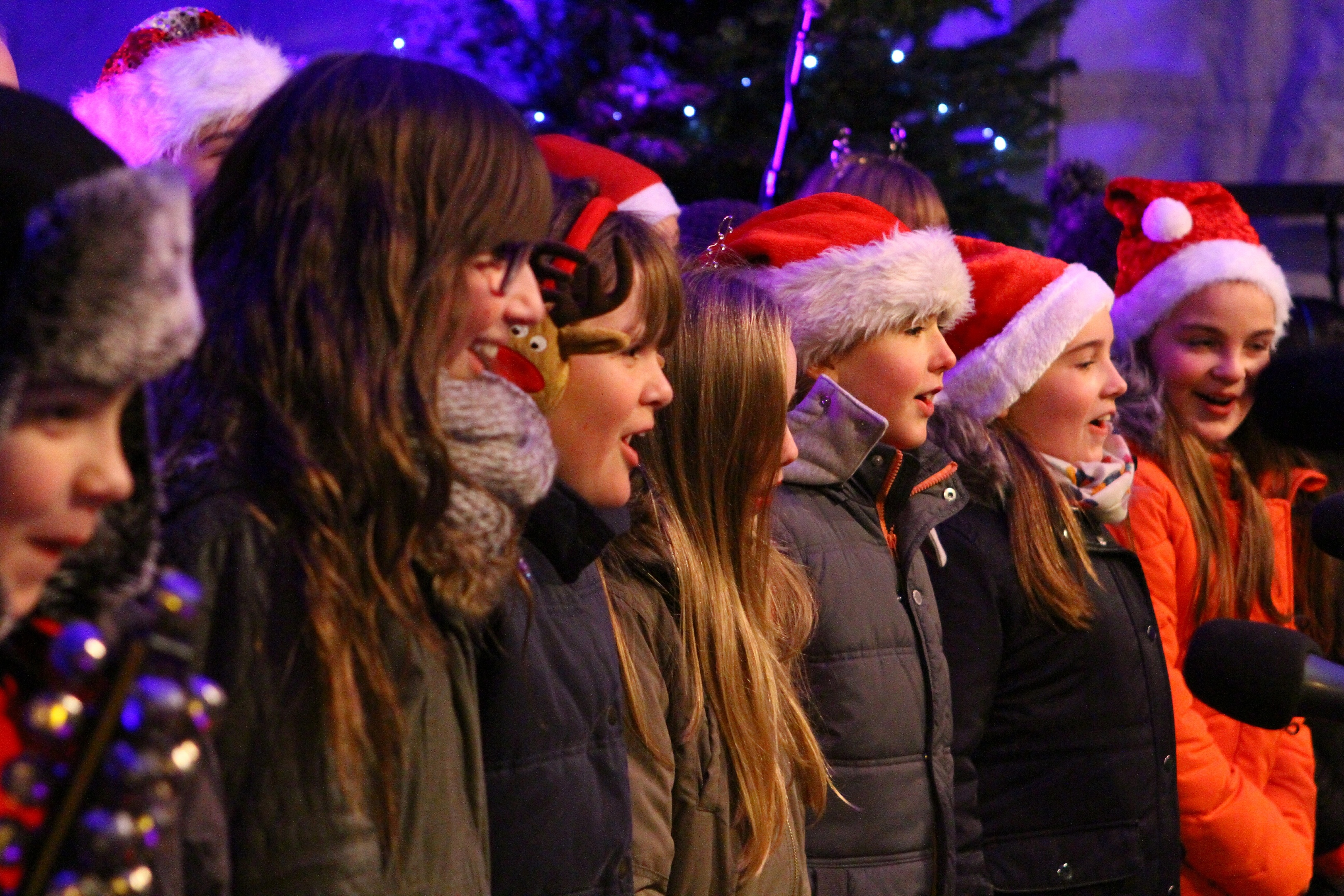 Barnhill Primary School choir sang at the switch-on