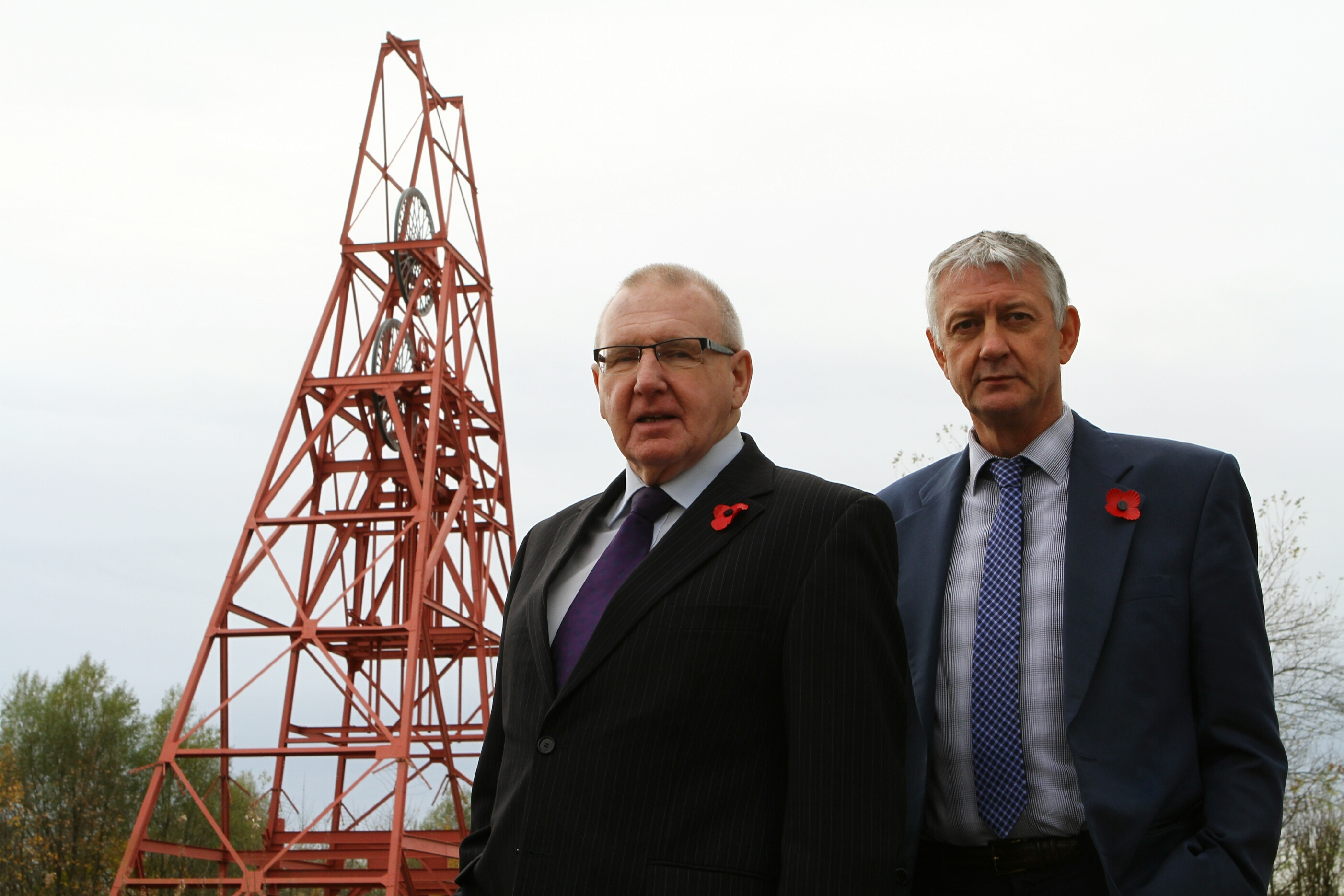 Bob Young (left) and Tom Adams are calling for a Scottish public inquiry.