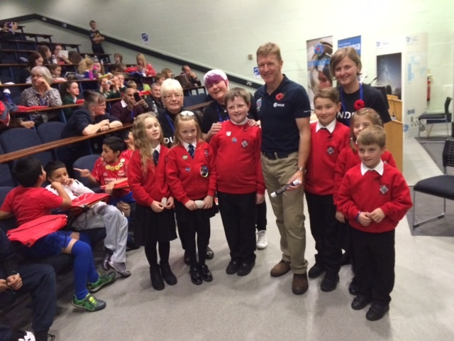 The pupils meet Tim Peake