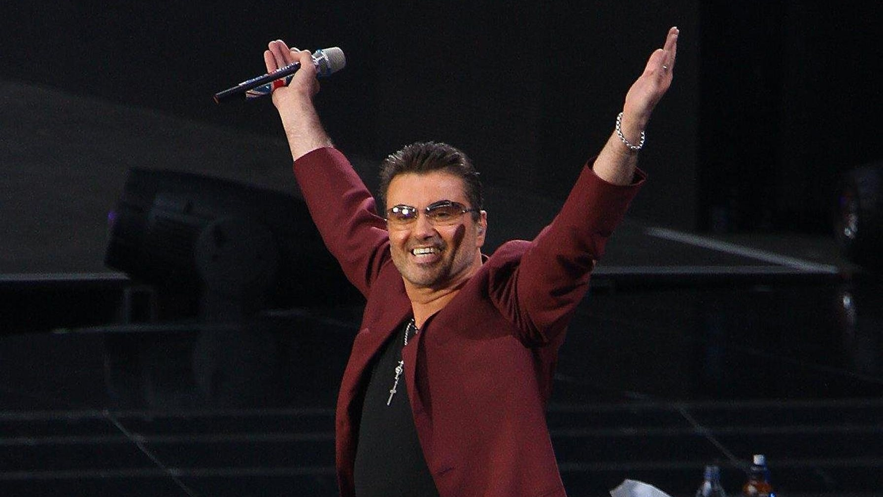 George Michael's death was another sad chapter in a long list of celebrity deaths in 2016.