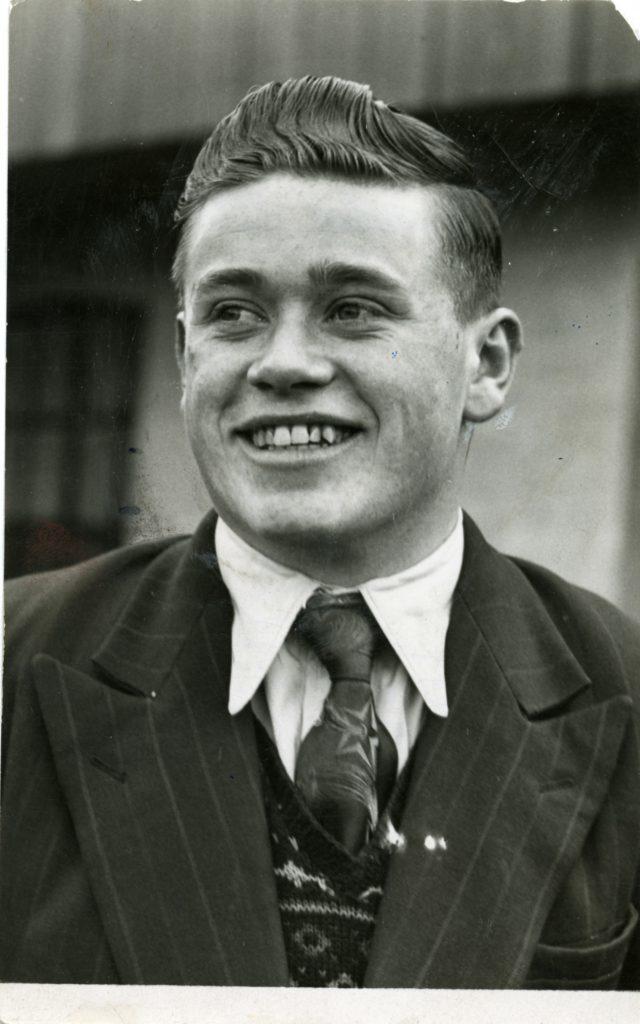 John Coyle, 83, footballer (Dundee United).