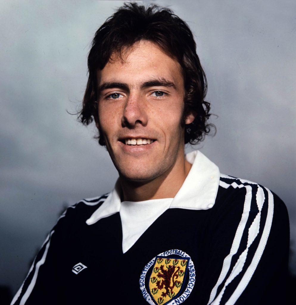 John Dowie, 60, Scottish footballer (Fulham, Celtic).