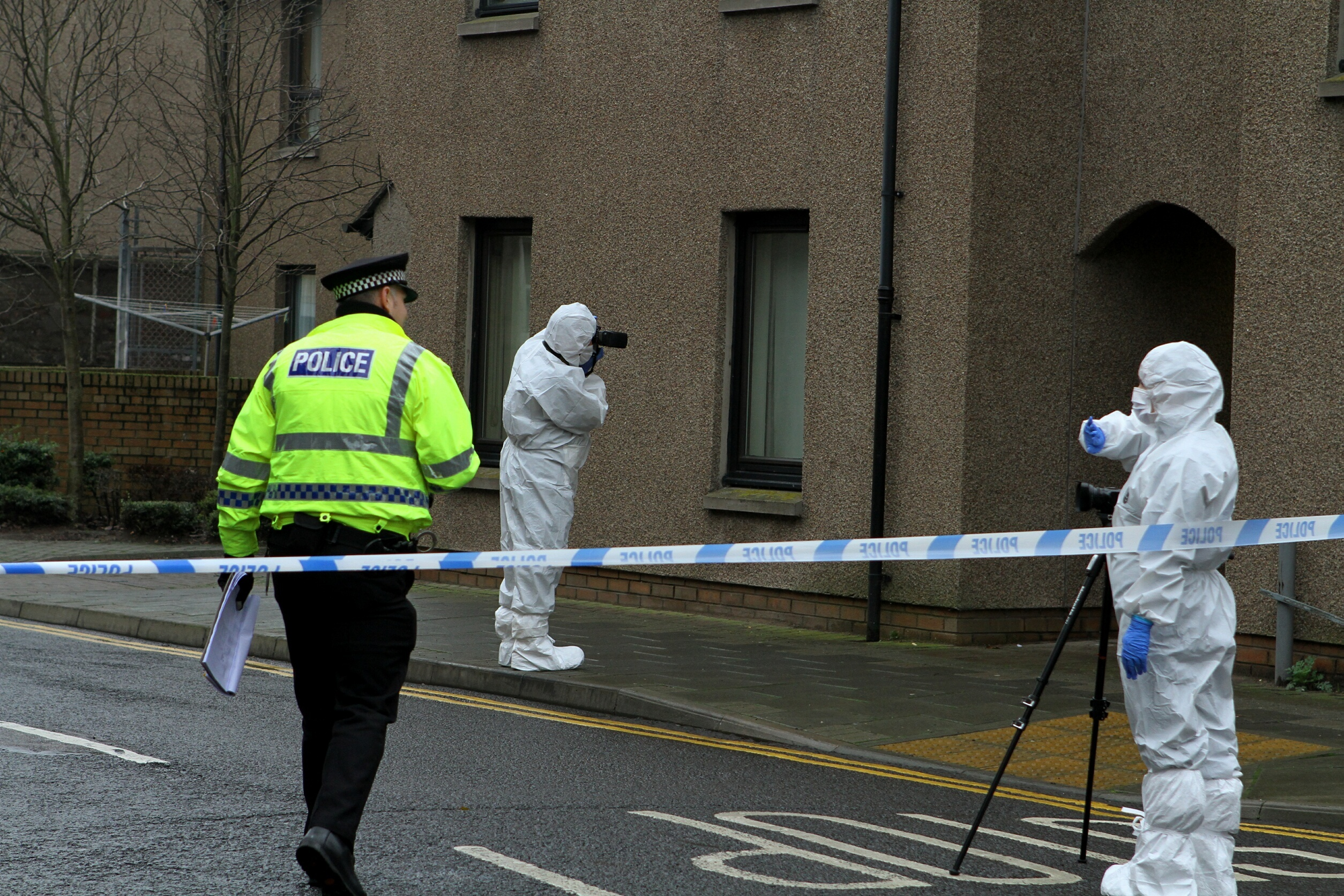 COURIER, DOUGIE NICOLSON, 05/11/15, NEWS. MONTOSE MURDER. Pic shows police activity in the Market Street/John Street area of Montrose today, Thursday 5th November 2015.