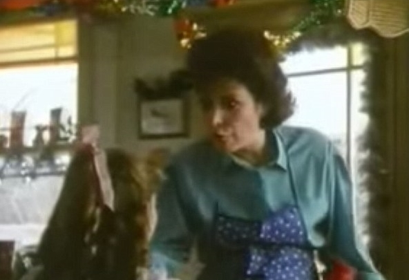 The late Lynda Bellingham in Oxo's long-running campaign