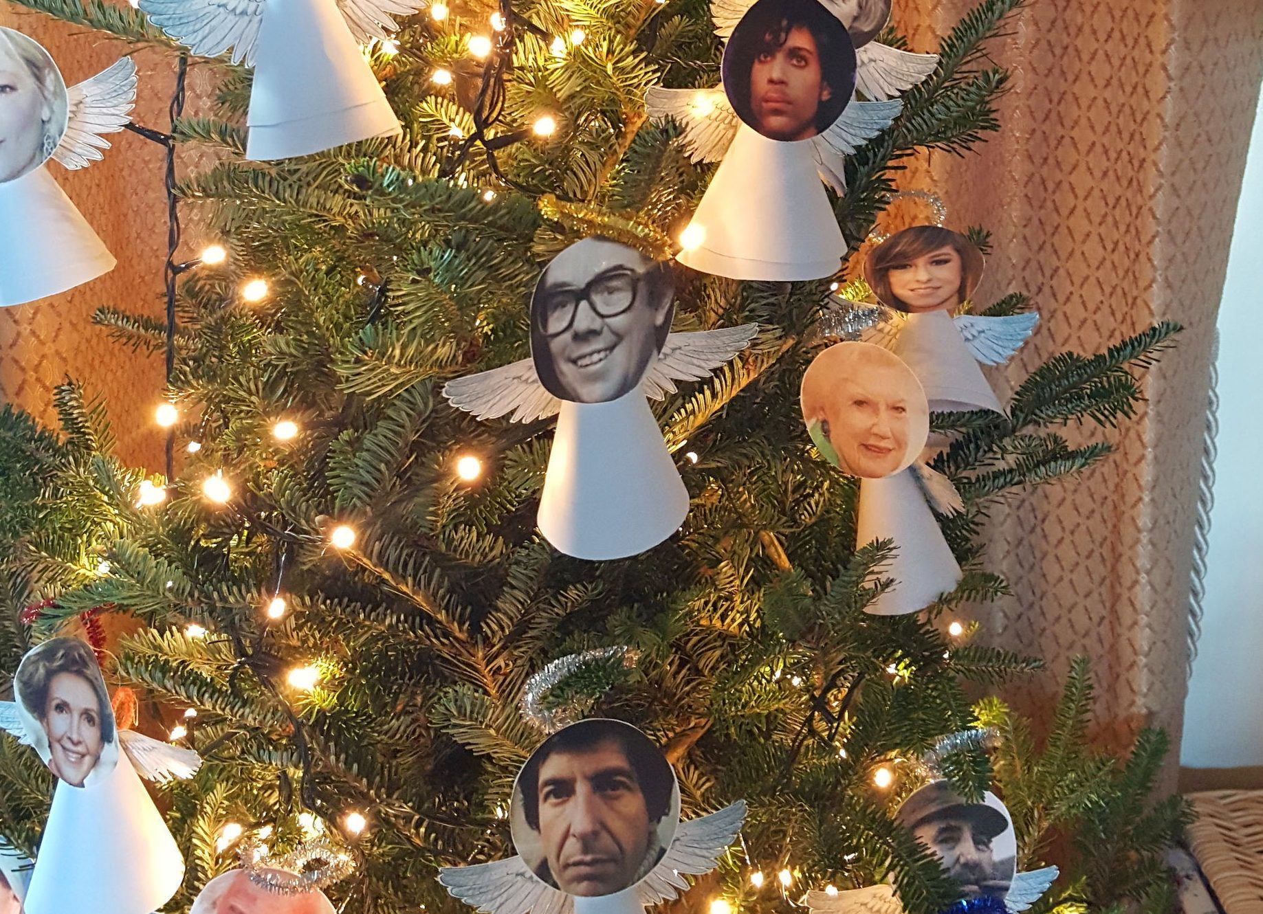Celebrity deaths tribute Christmas tree