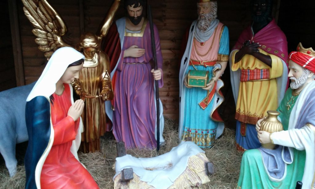 Praying for a miracle: Mary, Jesus and the Wise Men waiting for the chosen one's return.