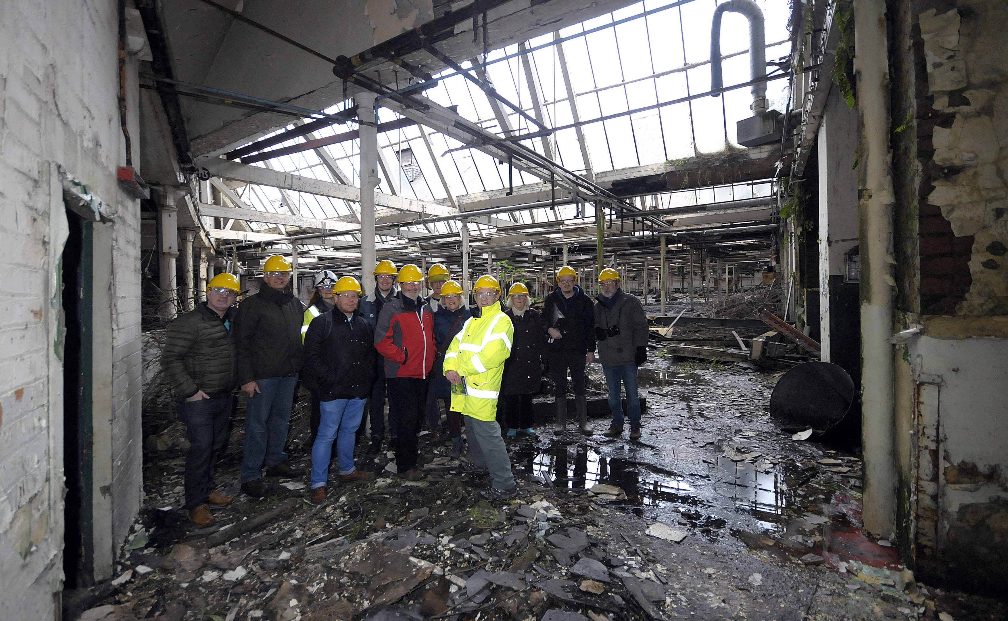 The group gets its first glimpse of the dereliction.