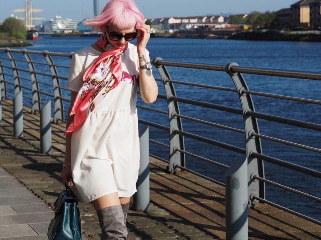 amanda-davies-honey-pop-kisses-mag-lead-www-stars-of-courier-country-5-jpg