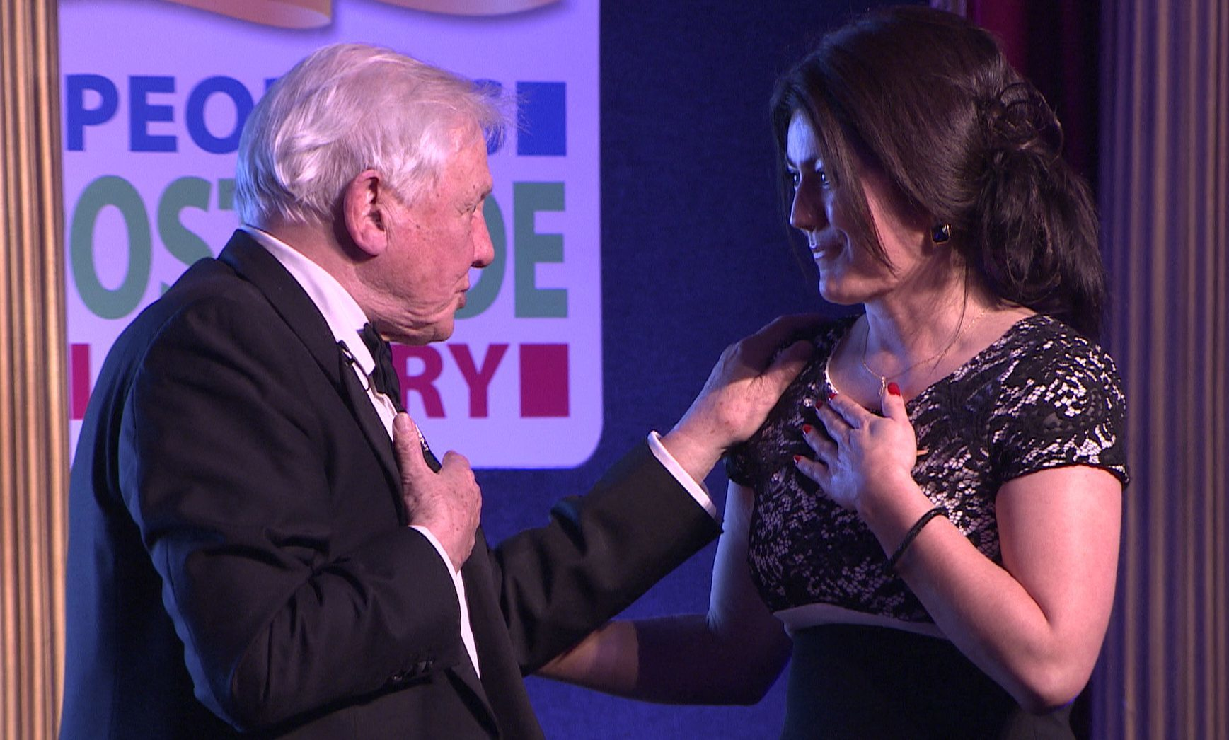 Julie Paterson is reunited with Sir David Attenborough, 35 years after his hot air balloon landed on her farm.