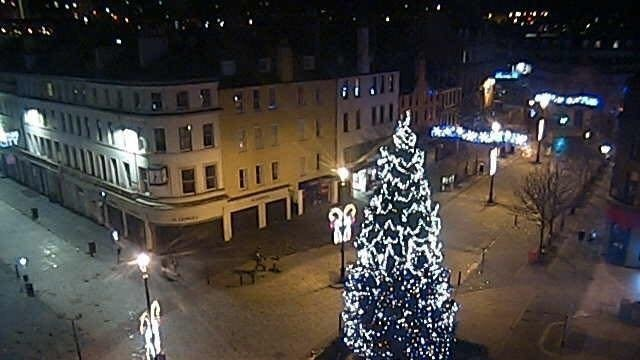 This photo of Dundee city centre was taken 20 minutes before the bells rang in the new year, according to Graeme.