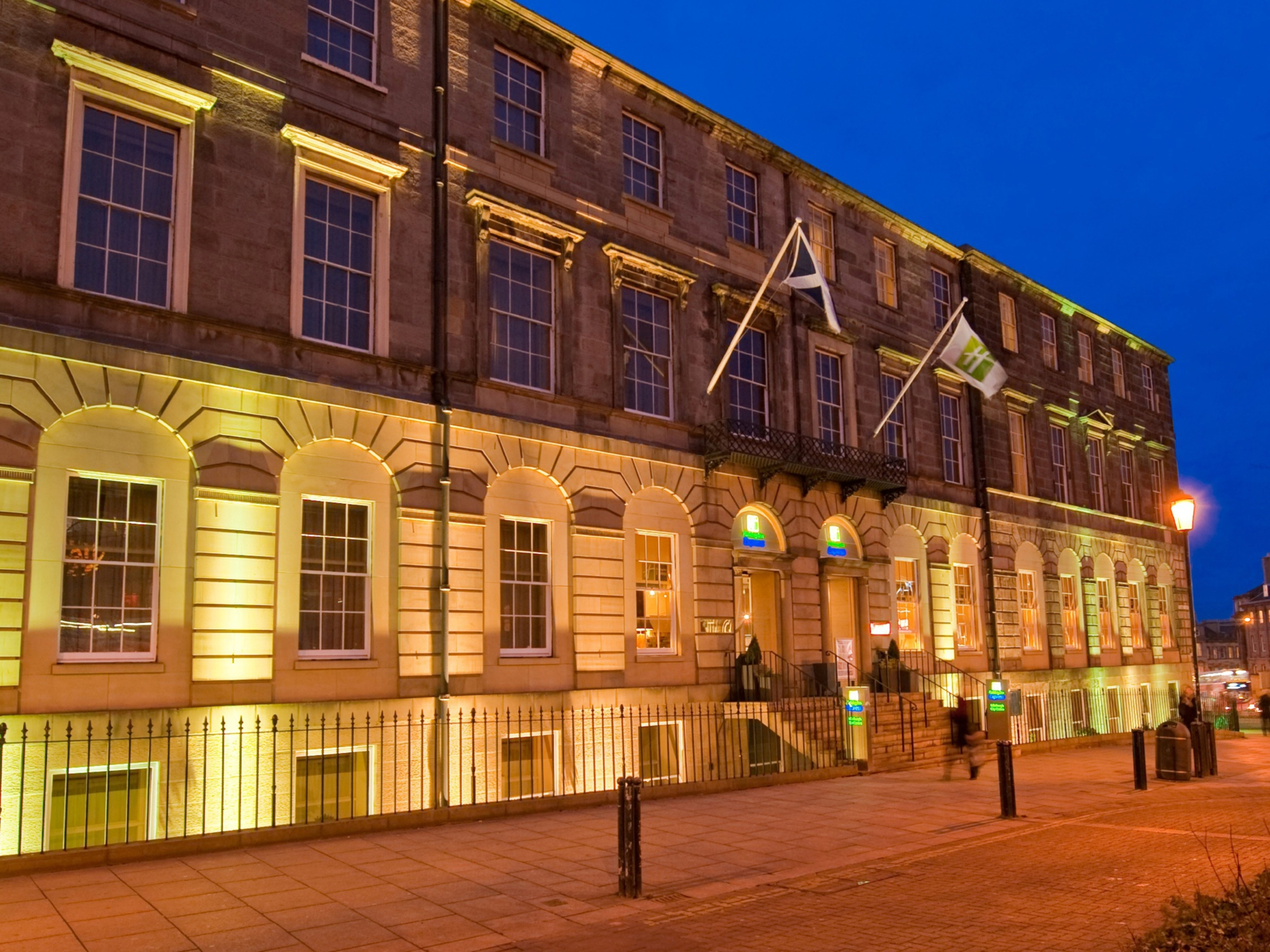 Holiday Inn Express Edinburgh city centre has been sold for £17.7 million.