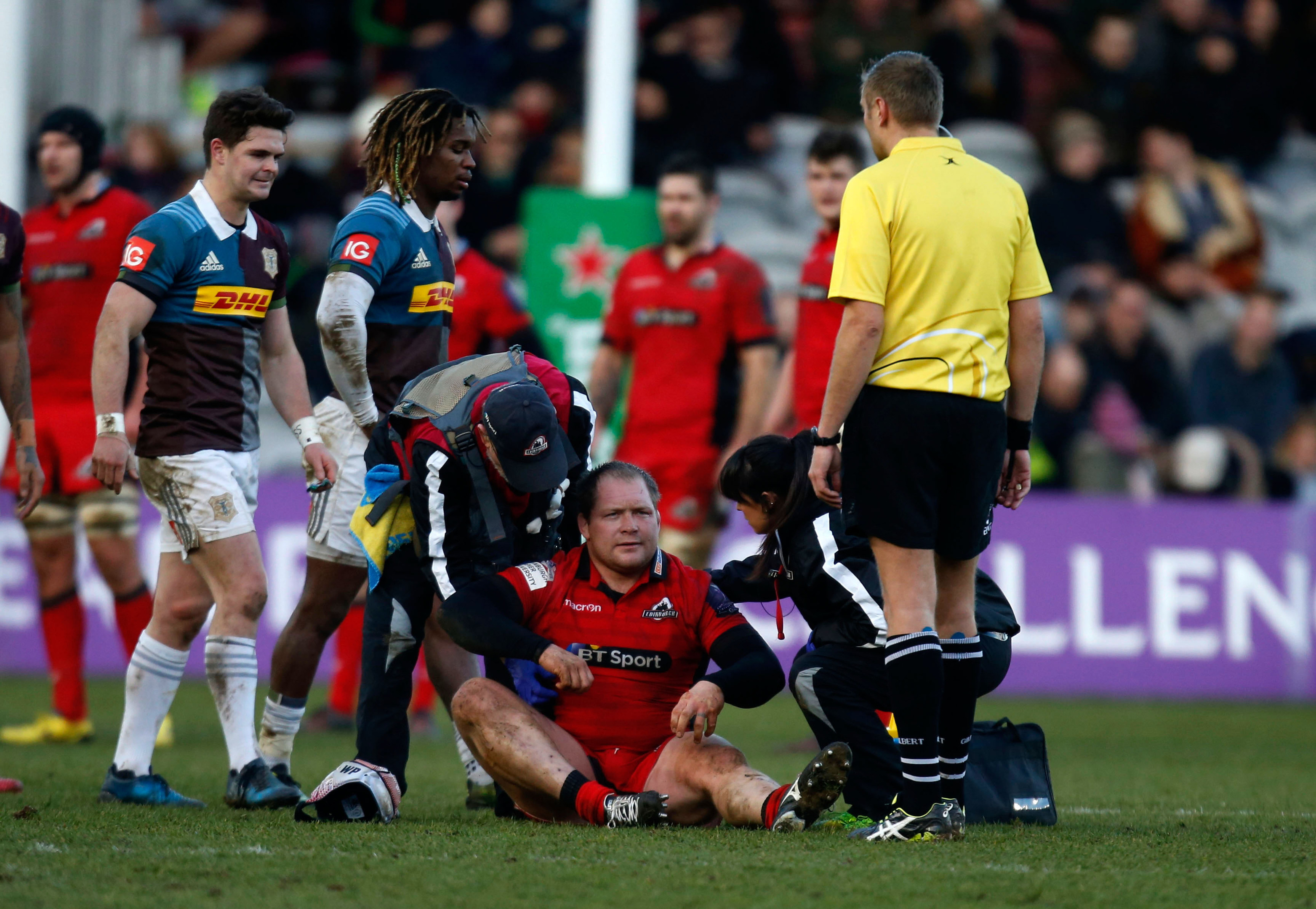 Nel suffered a recurrence of his neck injury while playing for Edinburgh against Harlequins.