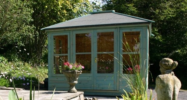 Gillies & Mackay supply sheds, summerhouses and outdoor offices.