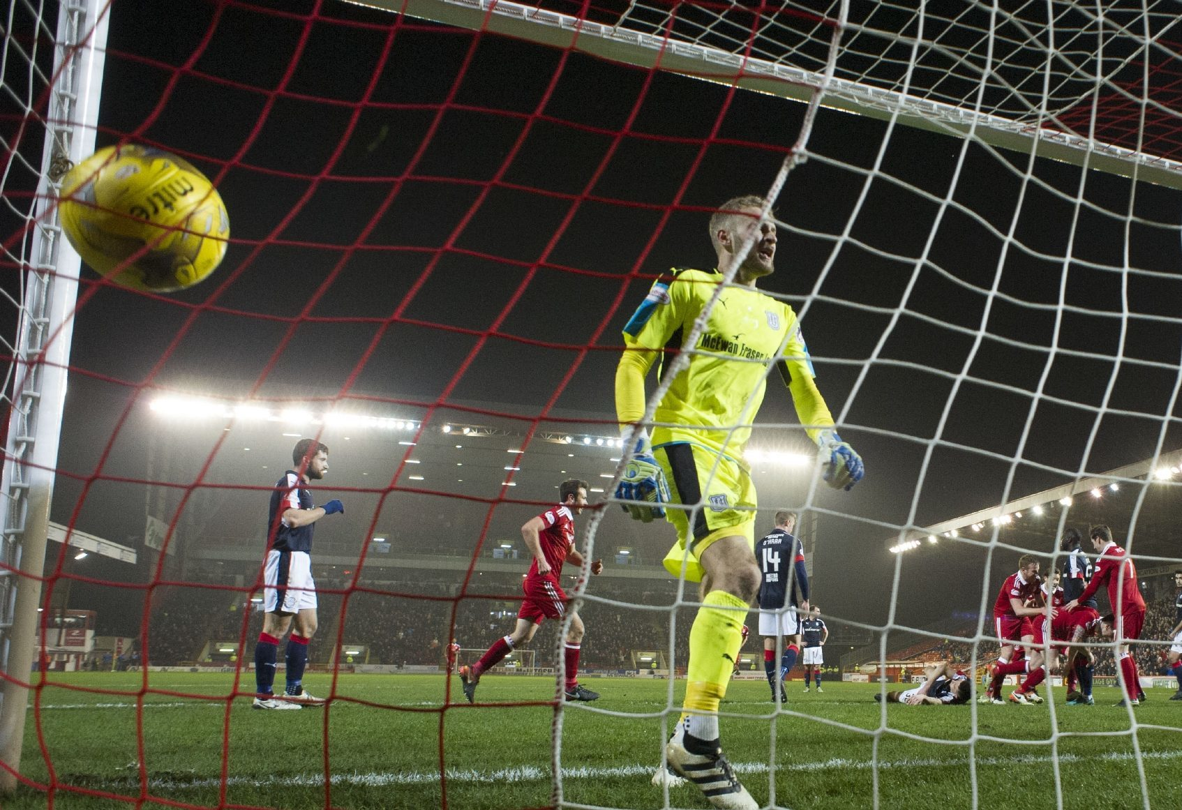 Dundee keeper Scott Bain helpless as Aberdeen score.