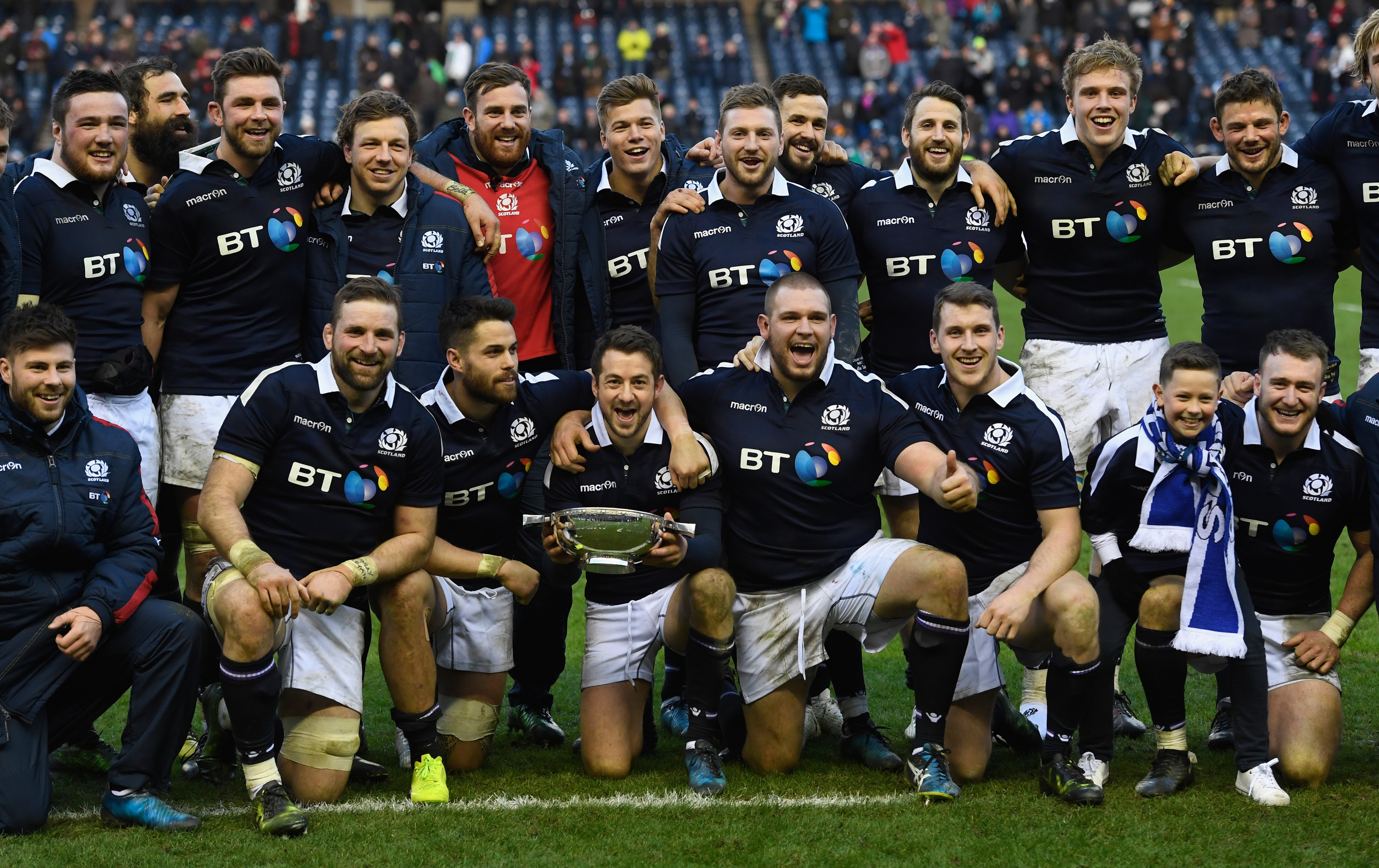 Scotland captain Greig Laidlaw holds the Centenary Quaich with his Scotland team after the RBS Six Nations match between Scotland and Ireland.