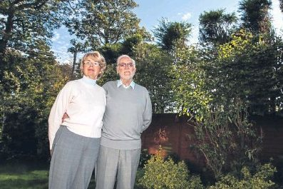 Maureen and Denis Parry of Lundin Links