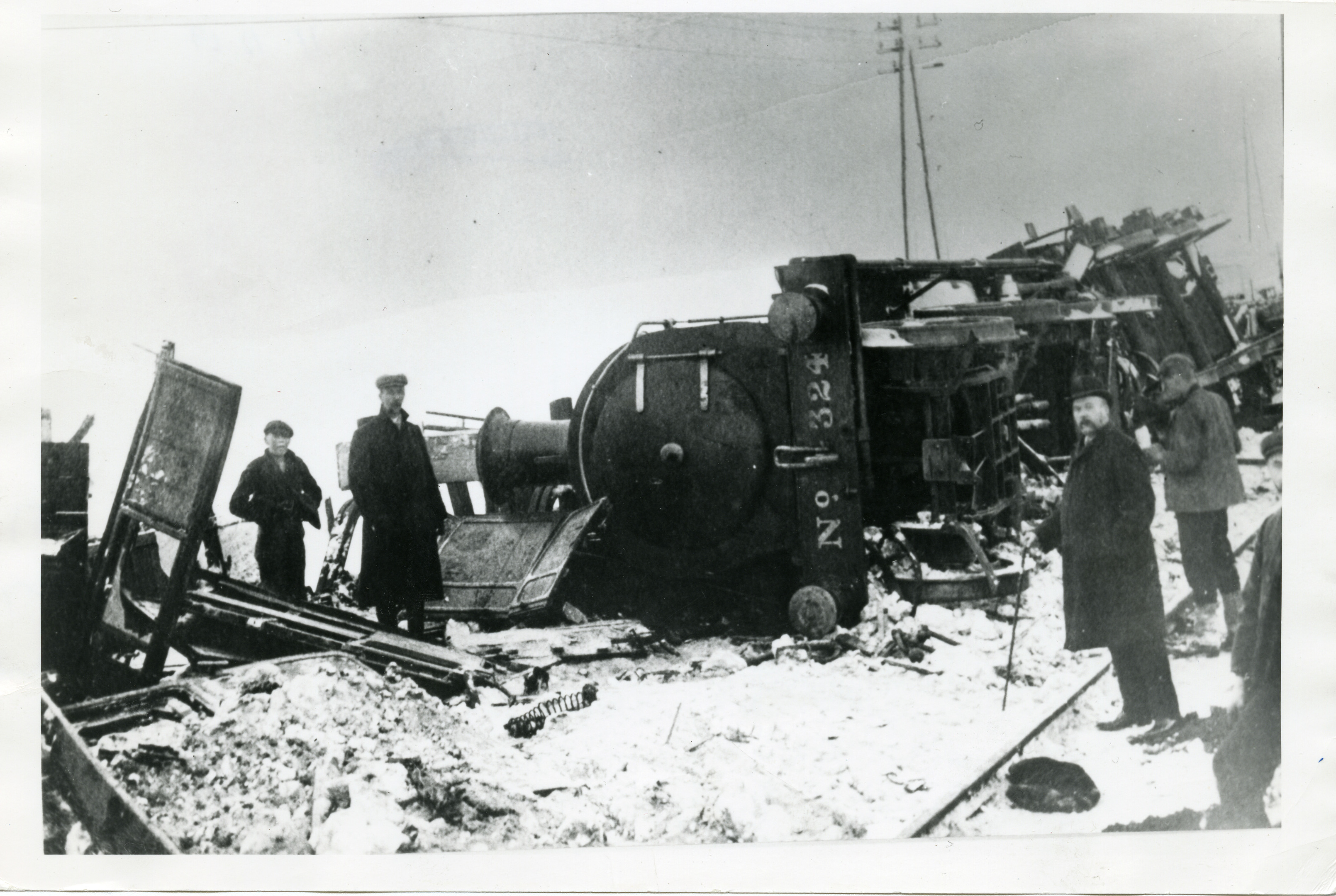 The aftermath of the train crash at Elliot in 1906