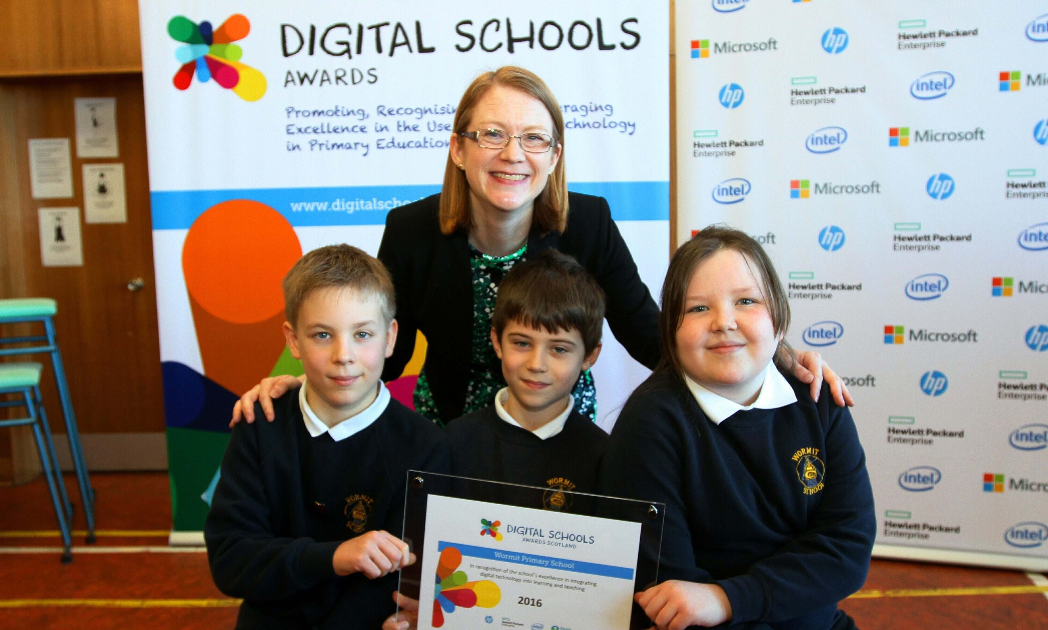 Further education, higher education and science minister Shirley Anne Somerville with Wormit Primary pupils Michael Smith, Jack Tasker and Hannah Davidson.