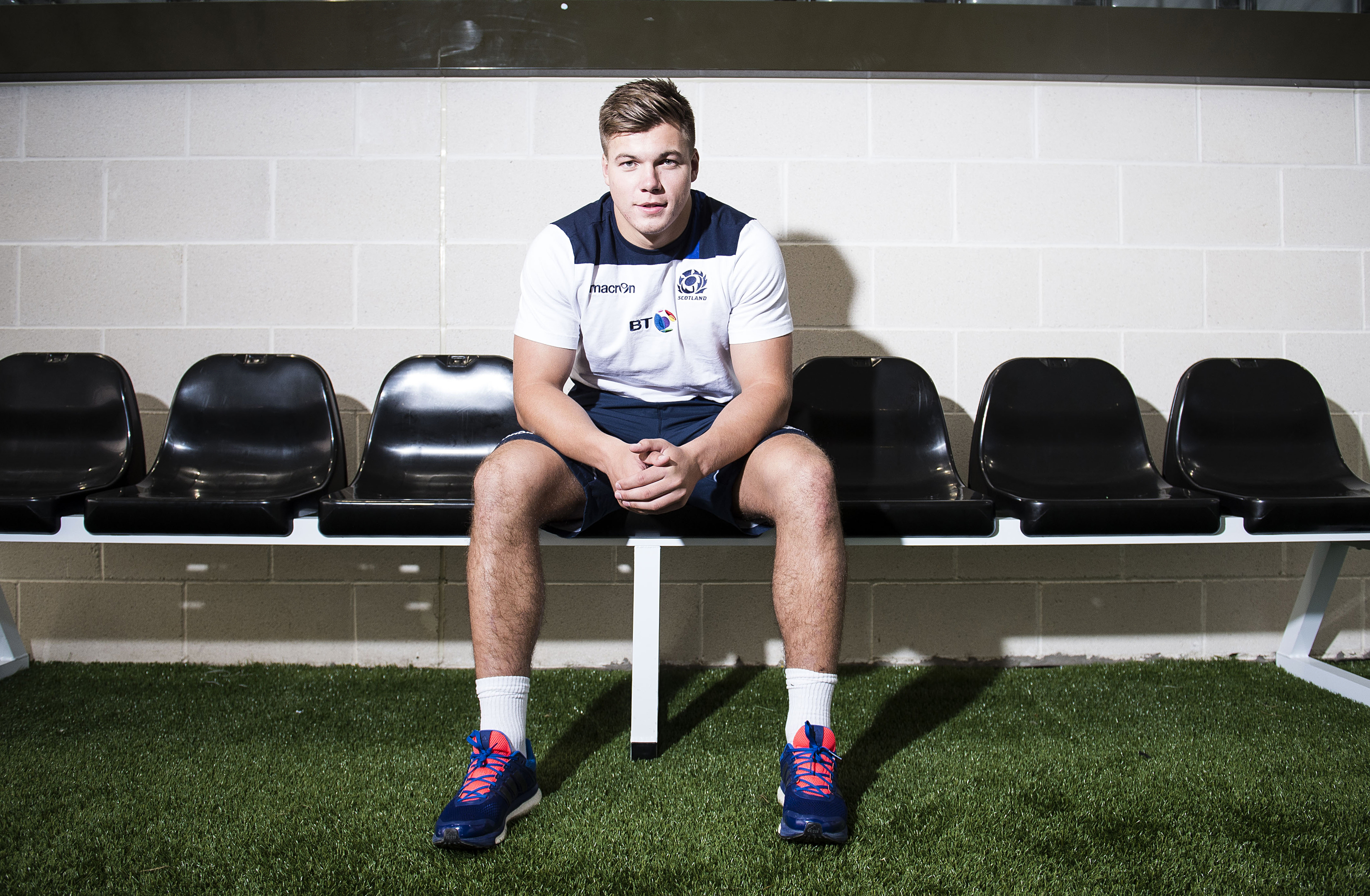 Huw Jones want to get cracking at England in two weeks.