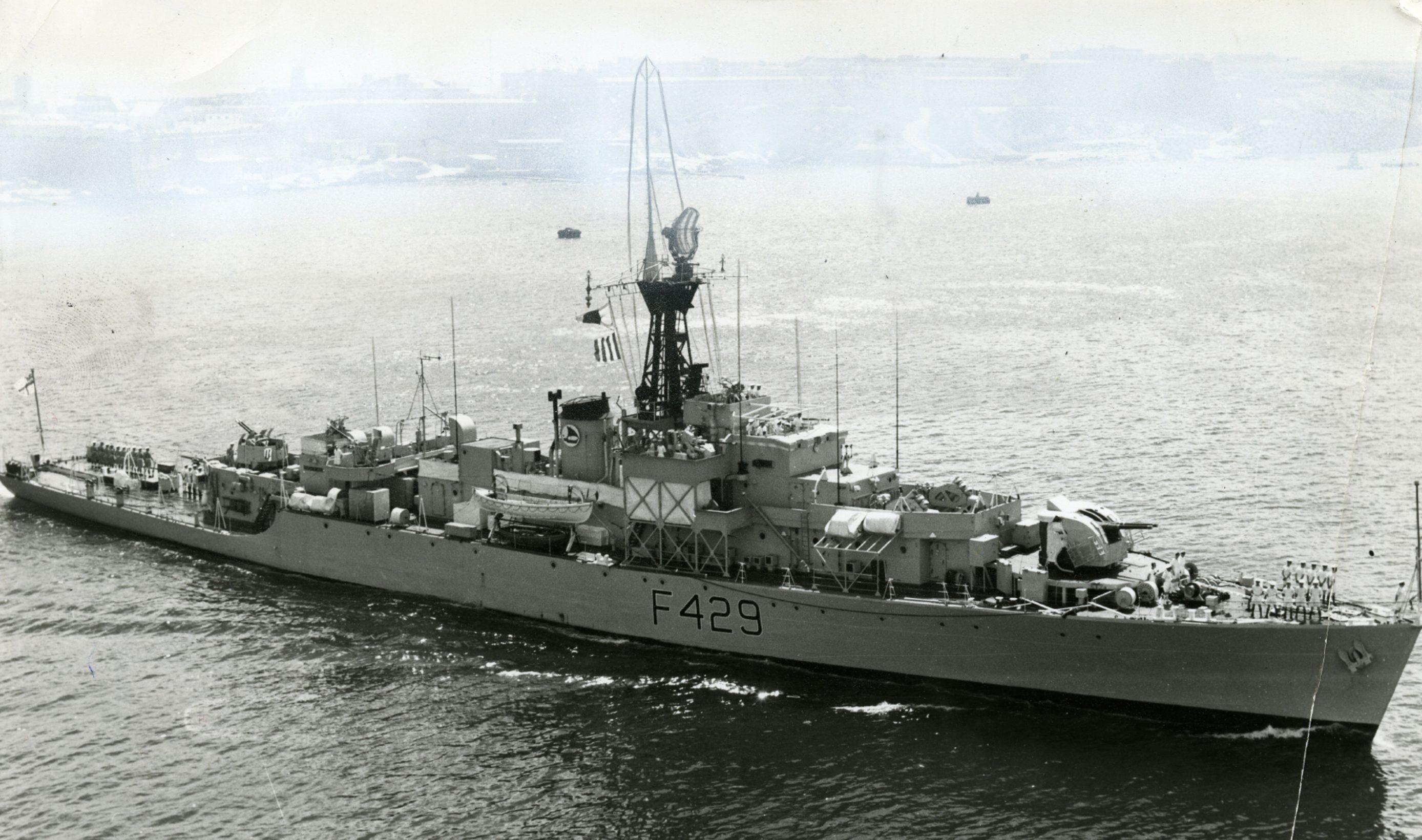 HMS Loch Fyne in 1960