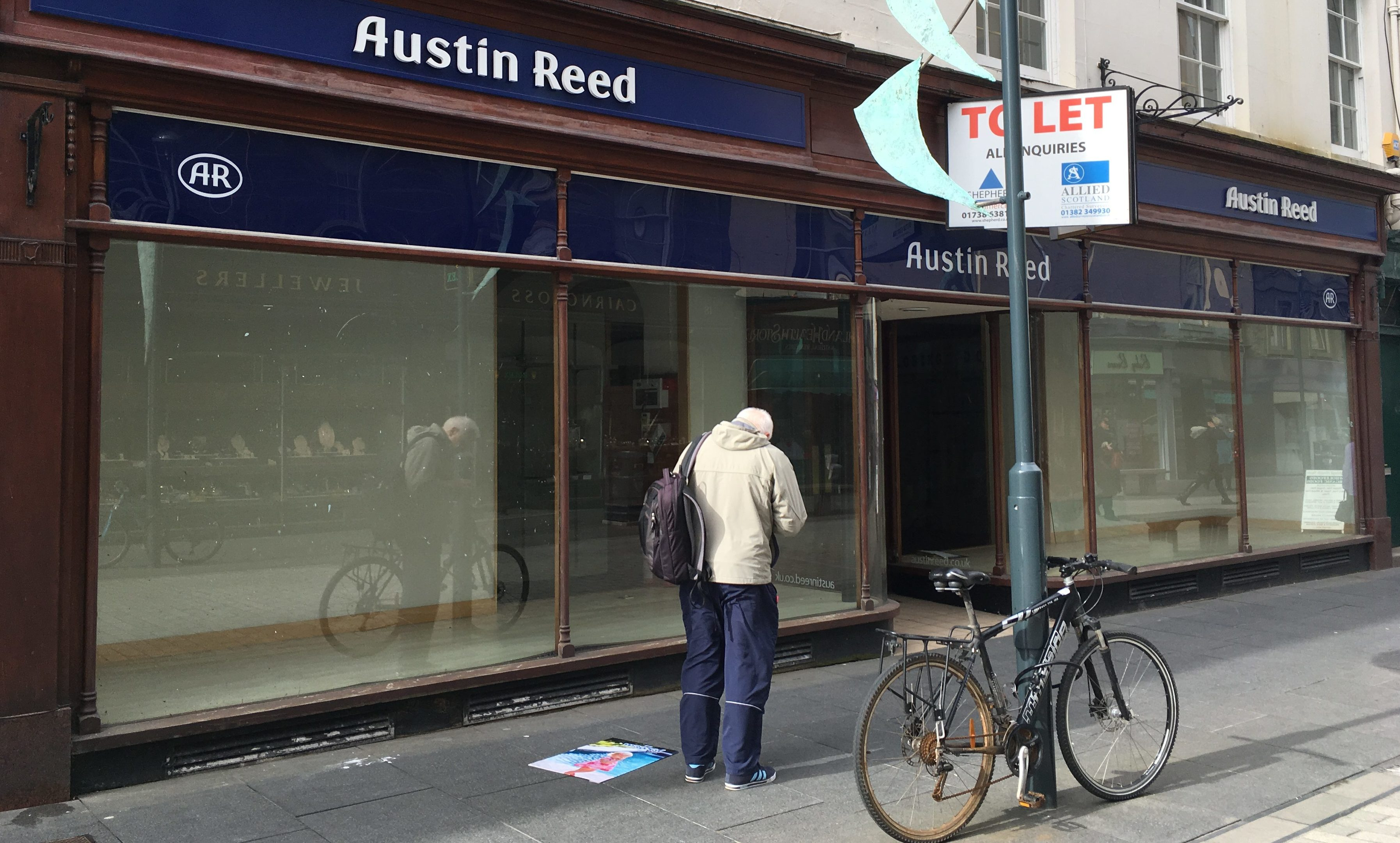 The empty Austin Reed store in Perth city centre.