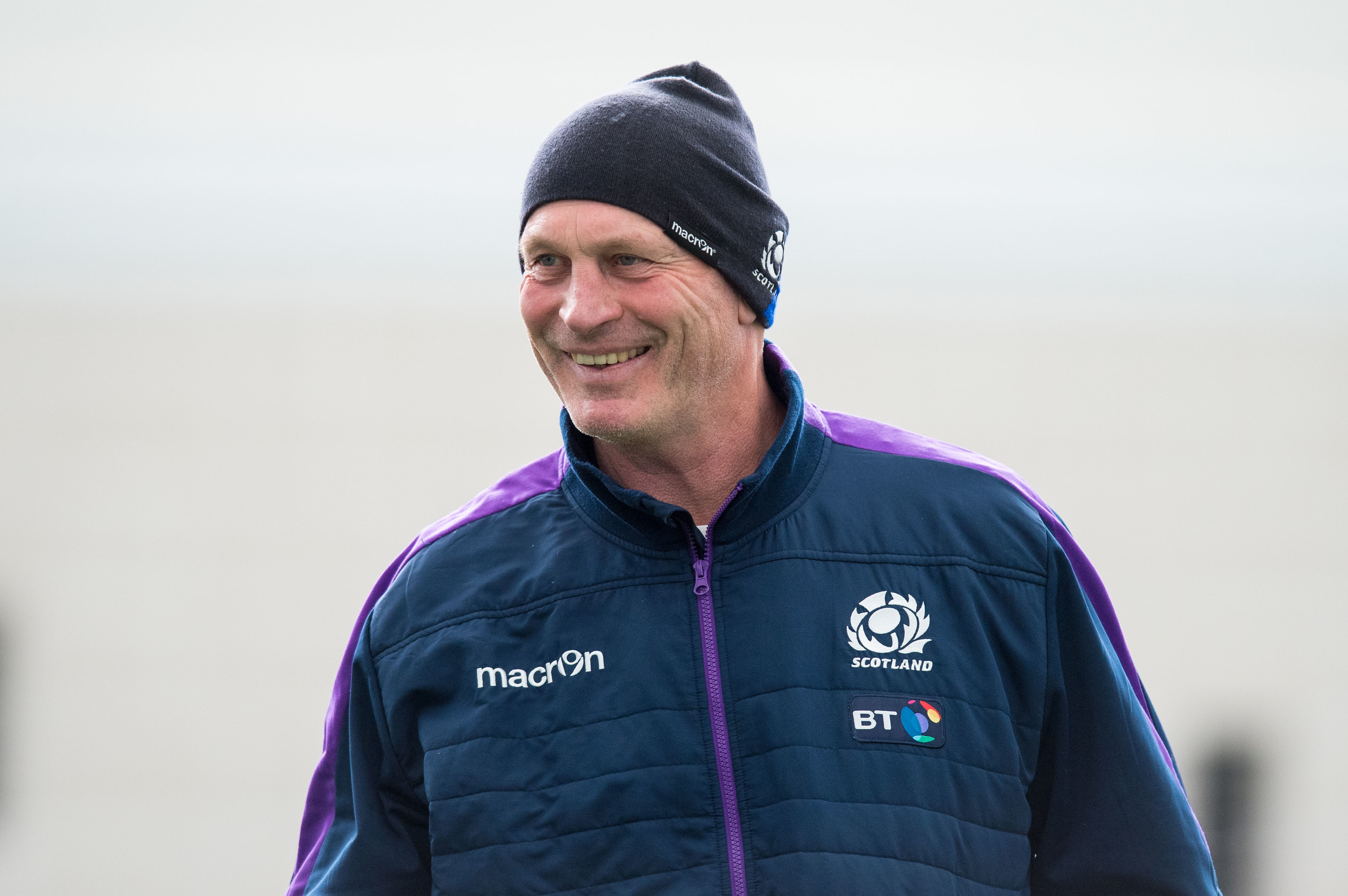 Vern Cotter in good mood during yesterday's training session at Oriam.