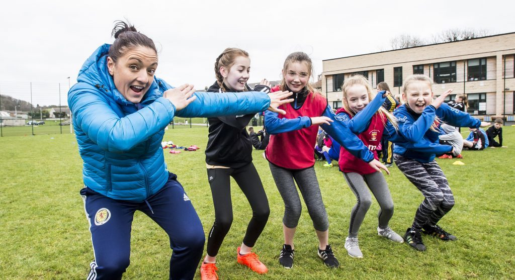 Scottish International goalkeeper Gemma Fay with pupils at Burntisland Primary School 4