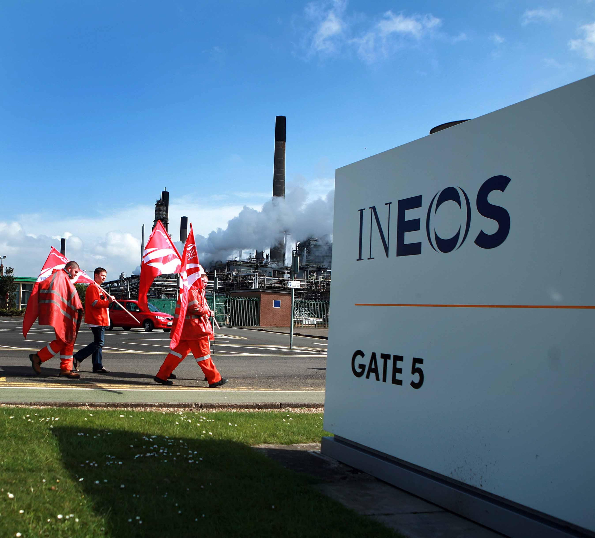 UNite workers outside Ineos Grangemouth during a previous period of industrial action.