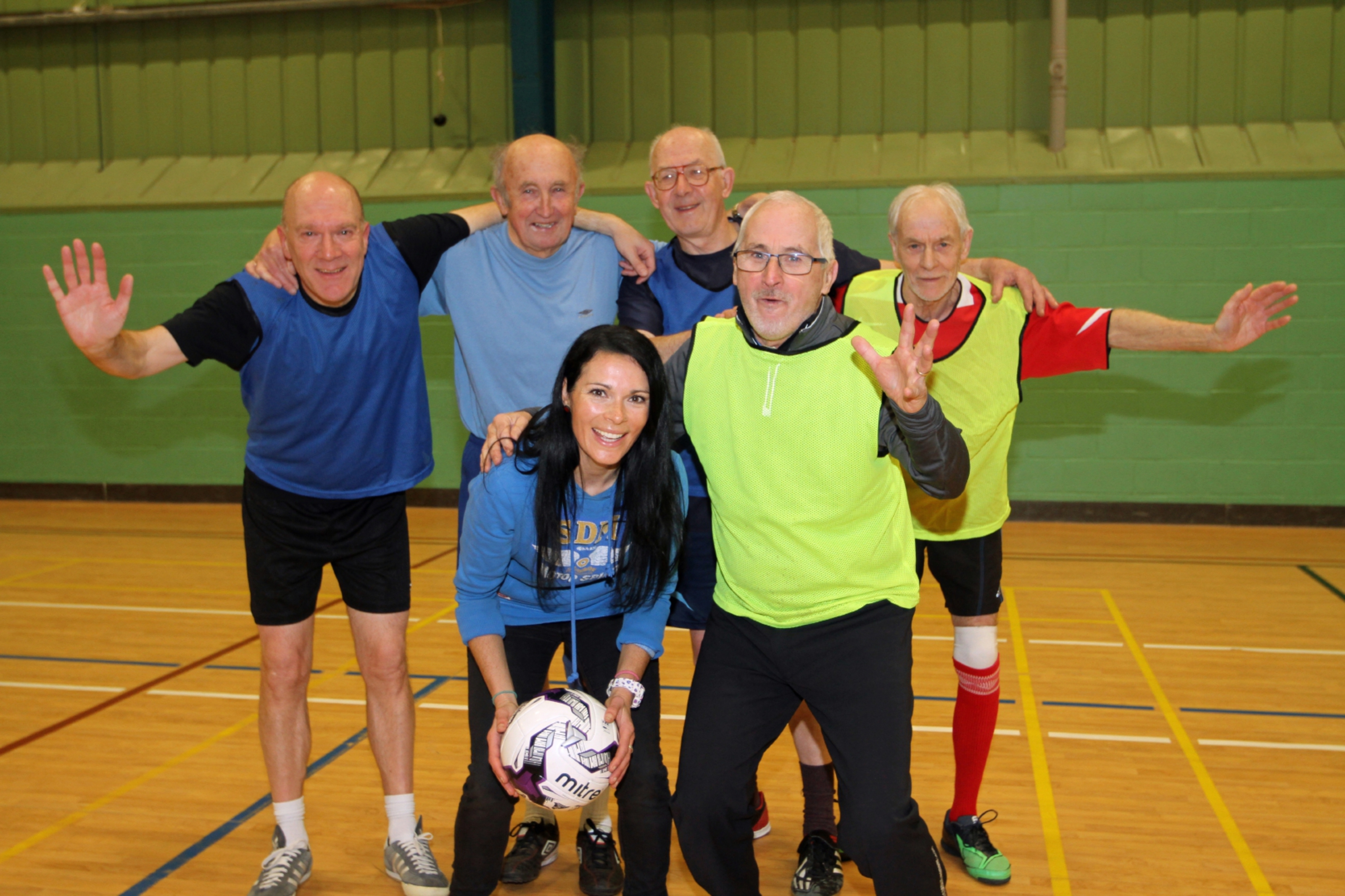 Richard Rogala, Bob Thomson, Alan Barron, Ian Dempster and front, Peter Kelly with Gayle.