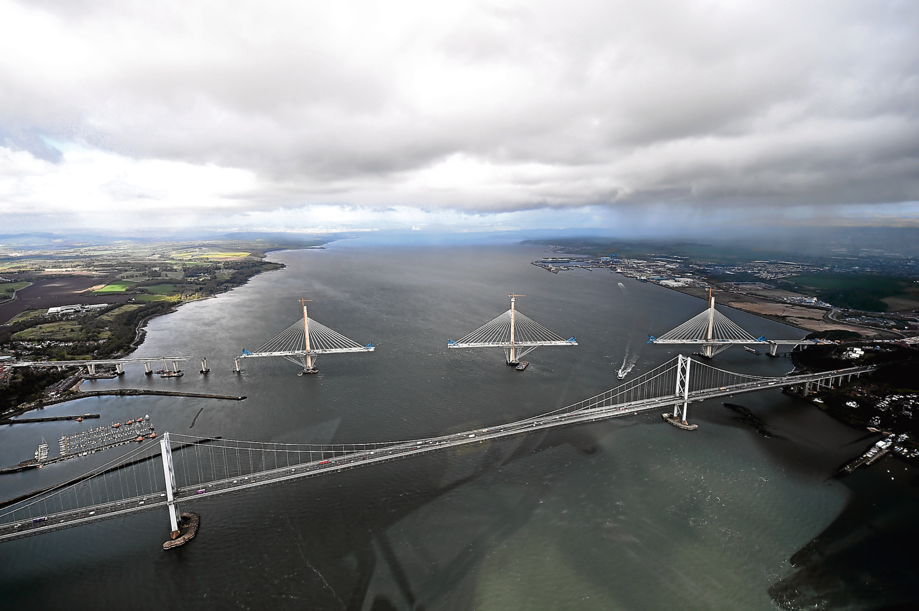 The final section is added to the new Queensferry Crossing.