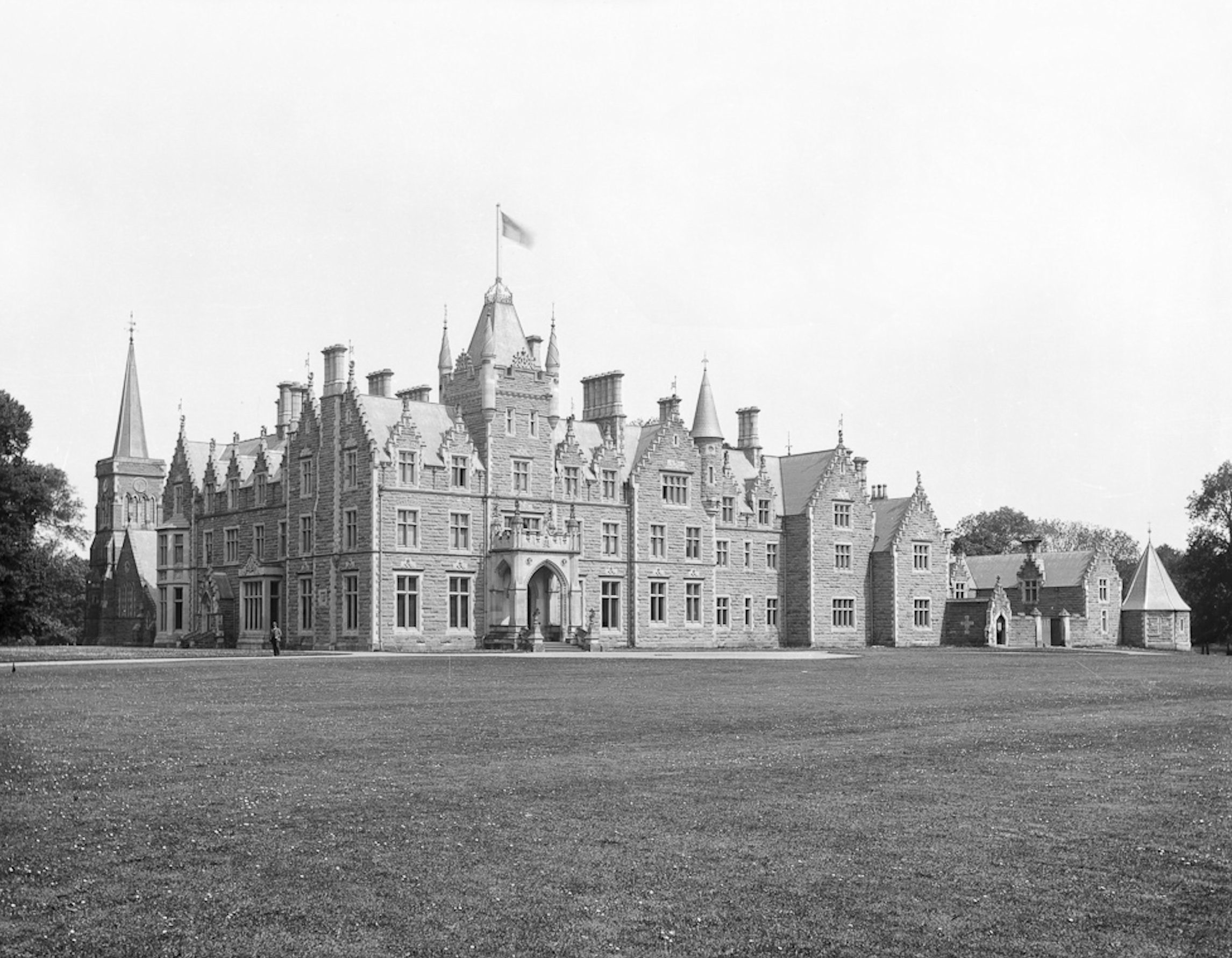 Duncrub Park, by Dunning, is one of the lost architectural treasures.