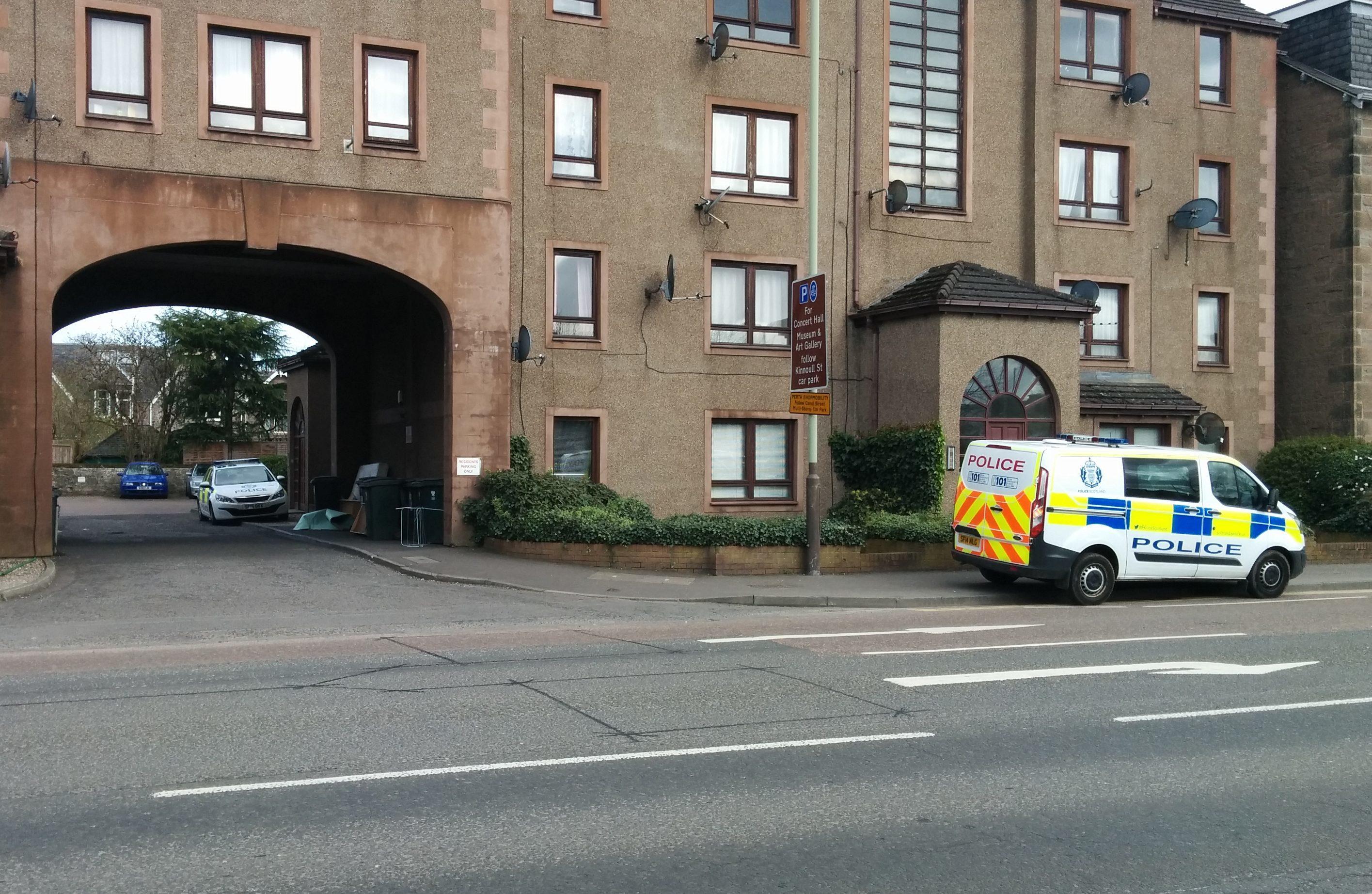 Police at 25 to 29 Dunkeld Road, Perth.