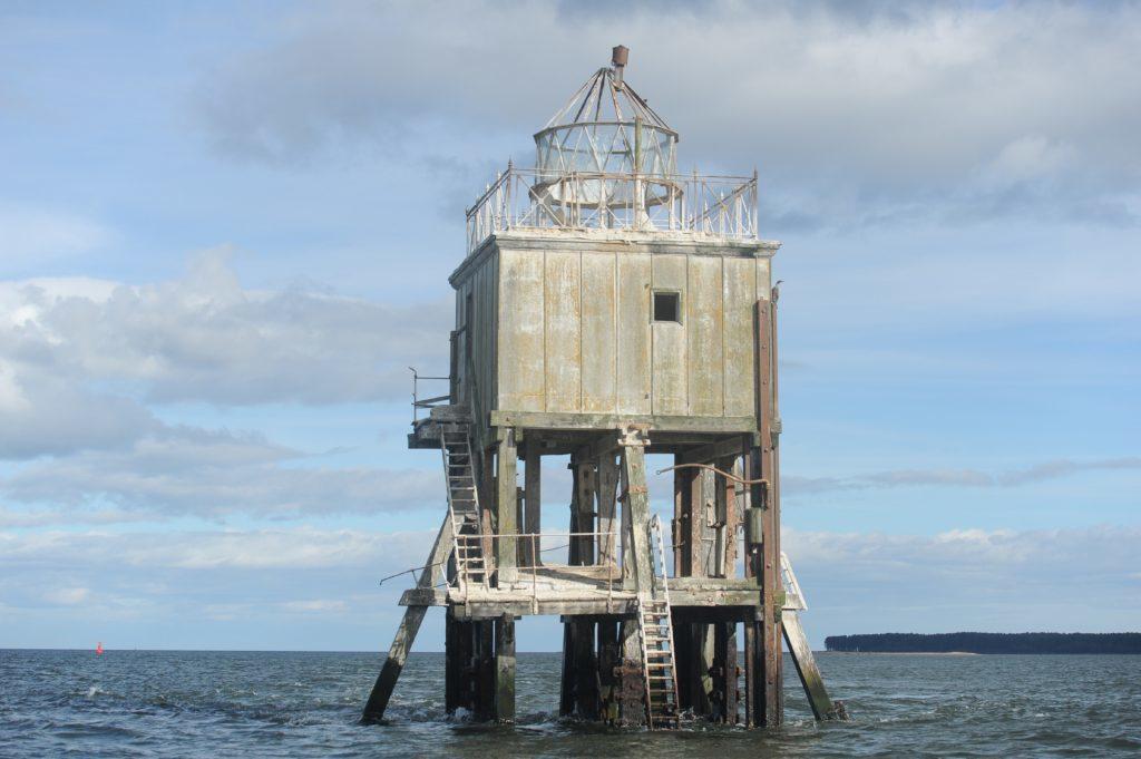 The disused Pile Lighthouse near Tayport.
