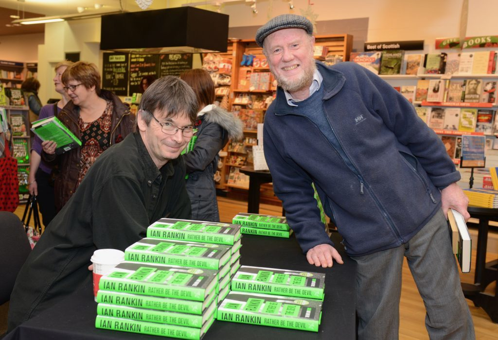 Ian Rankin met his old English teacher Ron Gillespie by chance while signing copies of his new book at Waterstones in Dunfermline last November
