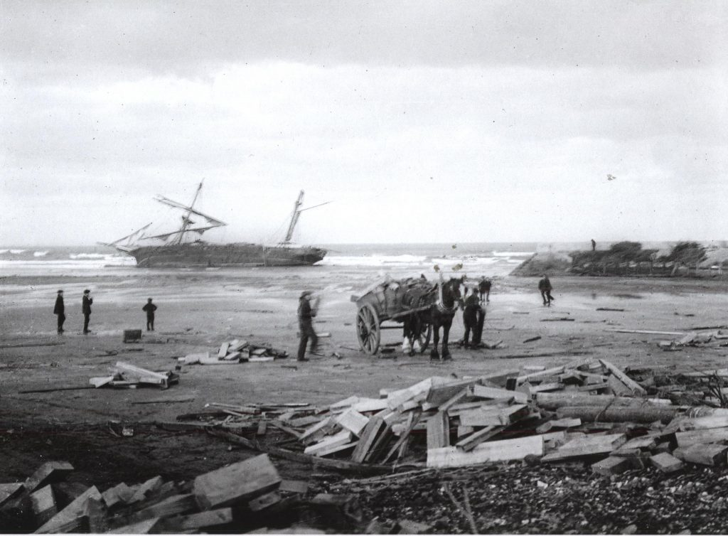 Another view of the Wilhelmina, wrecked in St Andrews Bay, 1912
