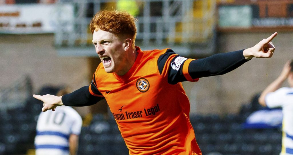 Simon Murray in action for Dundee United