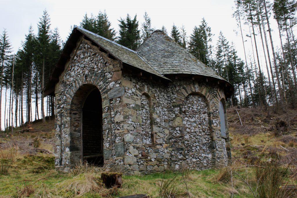 3 - Buffalo Hut in Birnam Wood - James Carron, Take a Hike