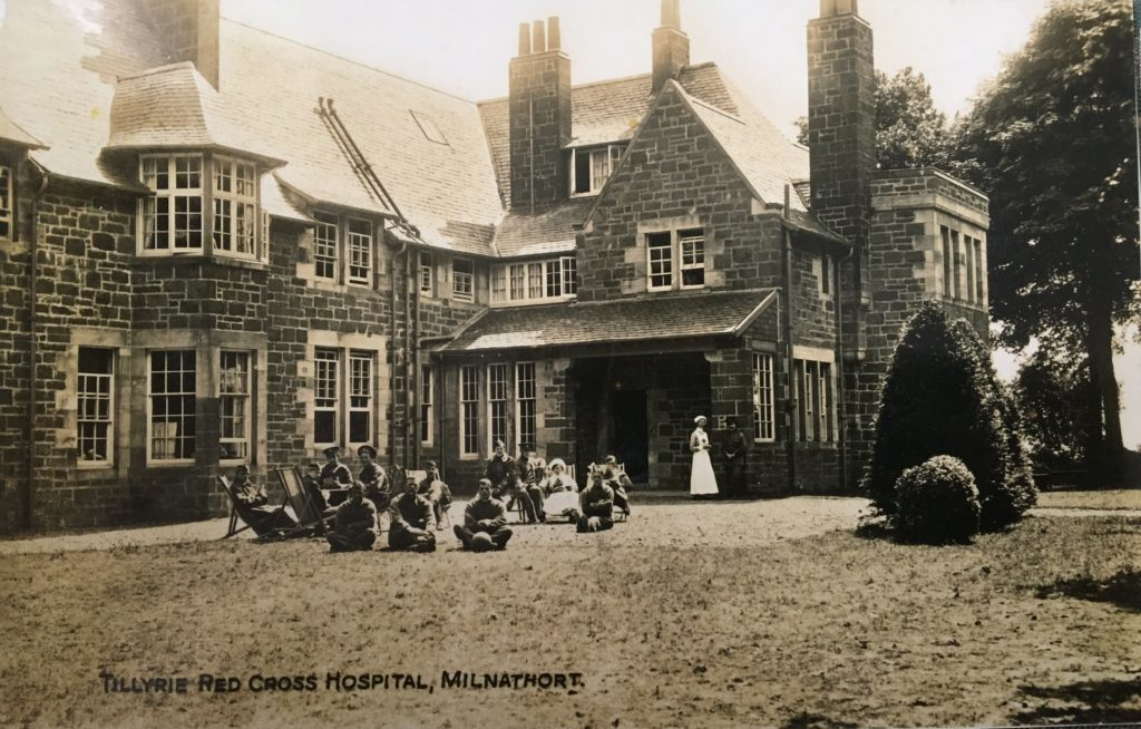 The house served as a Red Cross hospital during the First World War.