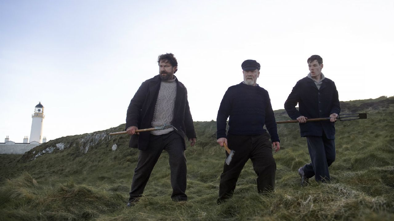 Gerard Butler, Peter Mullan and Connor Windells in The Vanishing.