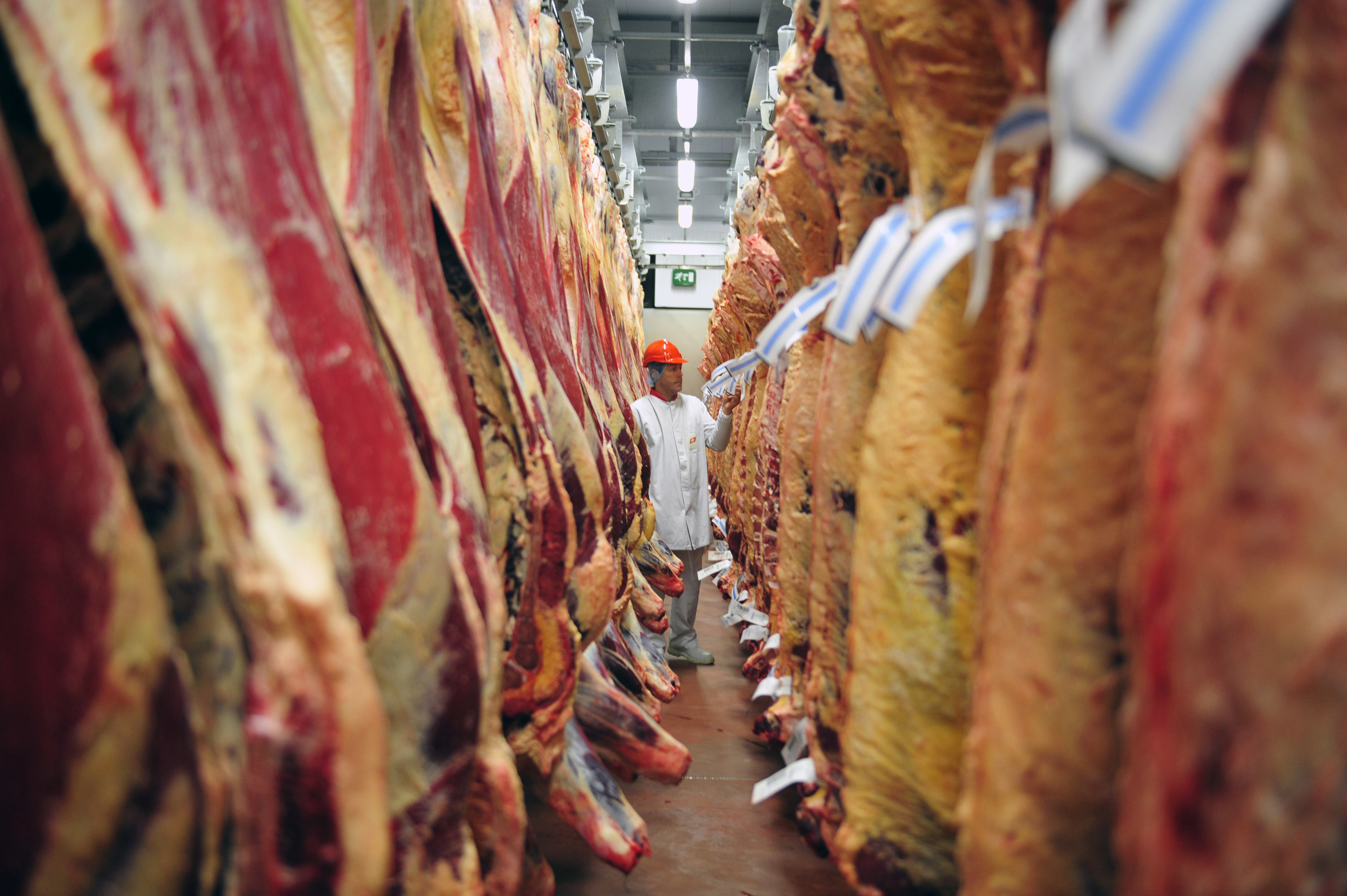 Meat wholesalers have called for production incentives and more effort to be put into the beef efficiency scheme