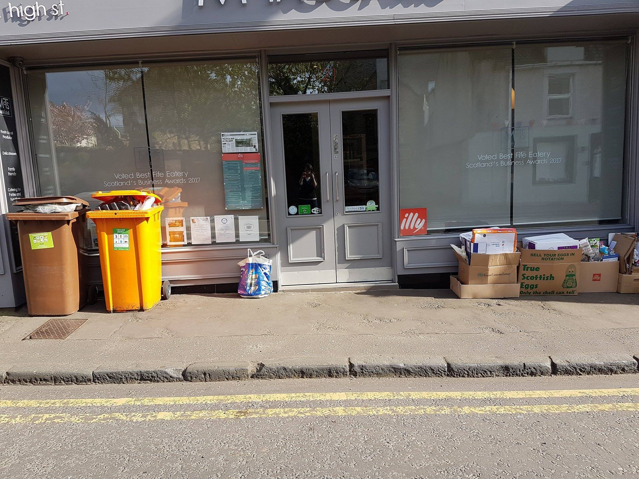 The bins outside of McTaggarts in Aberdour.