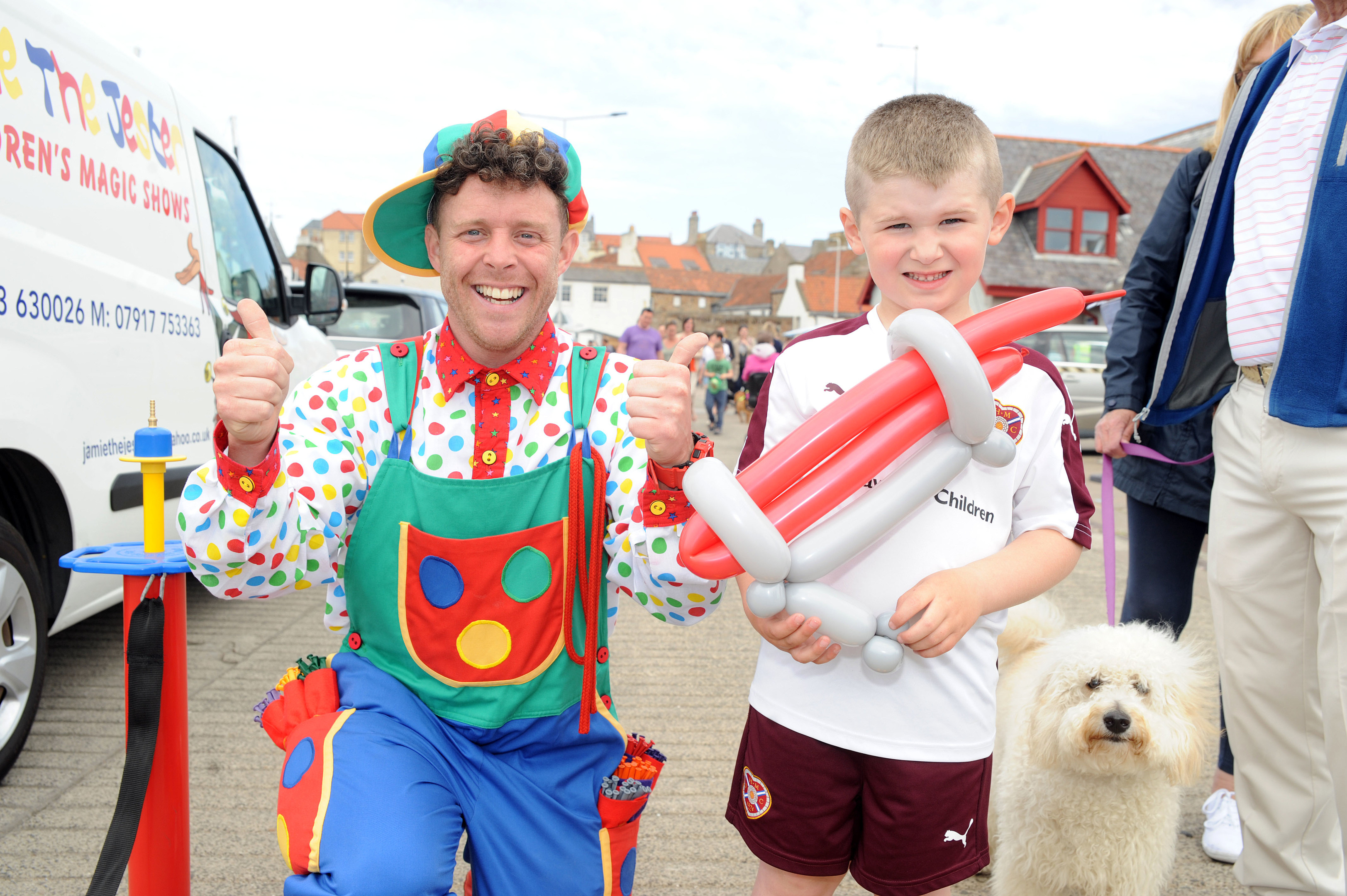 A balloon modelling jester entertained children at Anstruther Harbour Festival