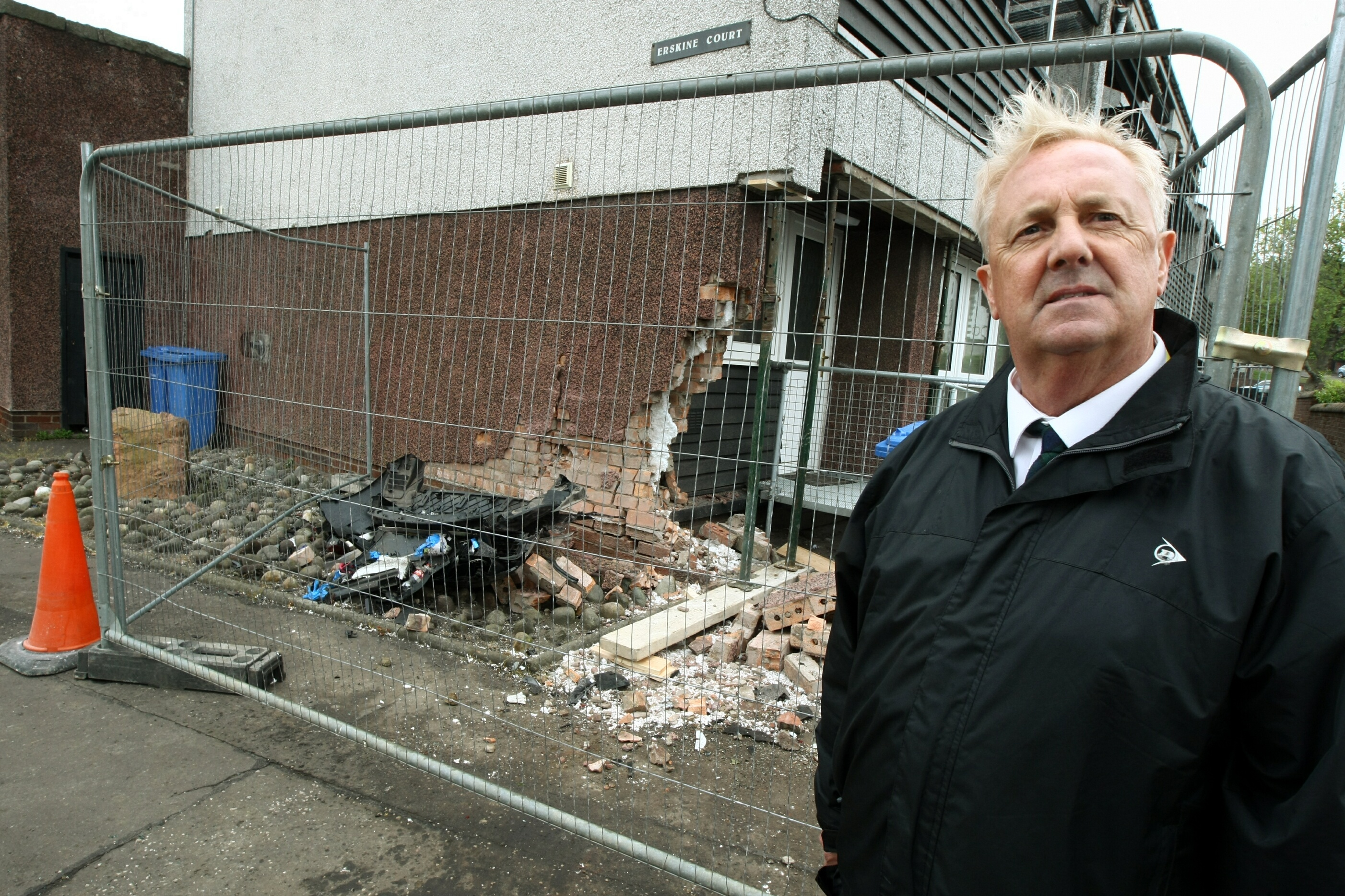 Councillor O'Brien says the flats should be levelled