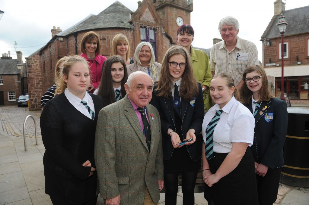 Grand launch of Kirriemuir's global apps treasure trails.