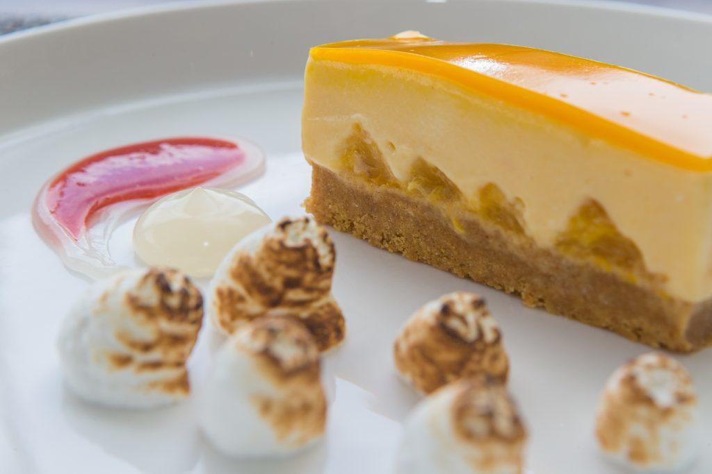 Orange & Passionfruit Cheesecake with Meringue, Raspberry & Champagne Jel