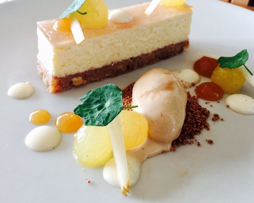 Pear Cheesecake