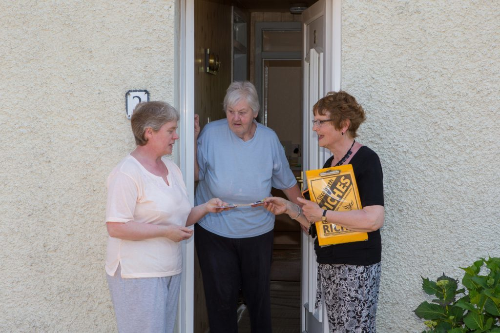 Elizabeth Riches chats to Newburgh residents Susan O'Brien and mum Margaret O'Brien.