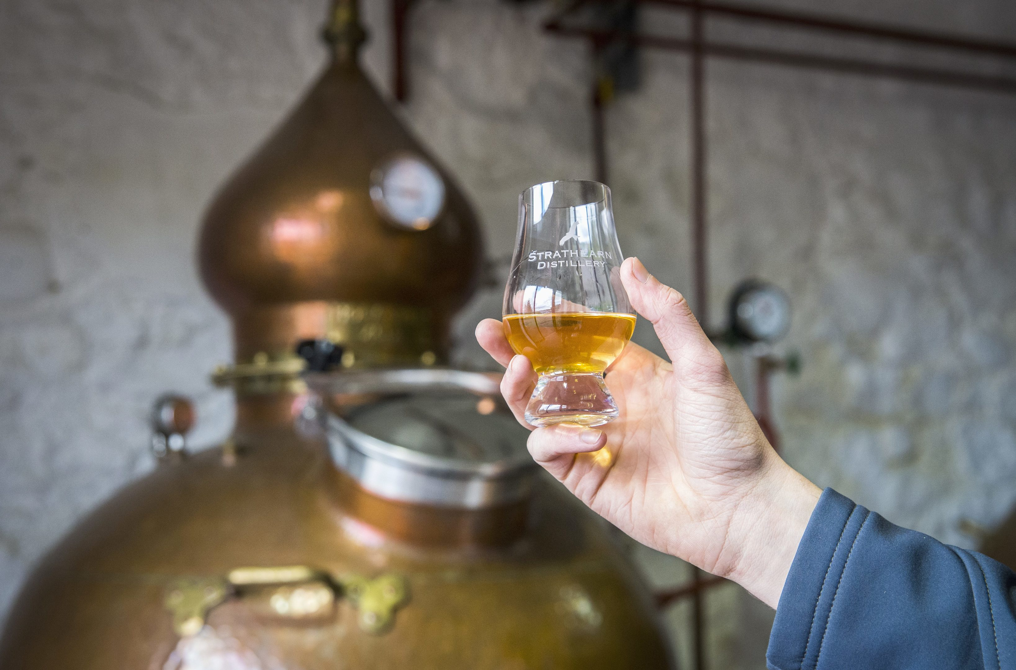 Strathearn Gin being made the Strathearn Distillery in Perthshire
