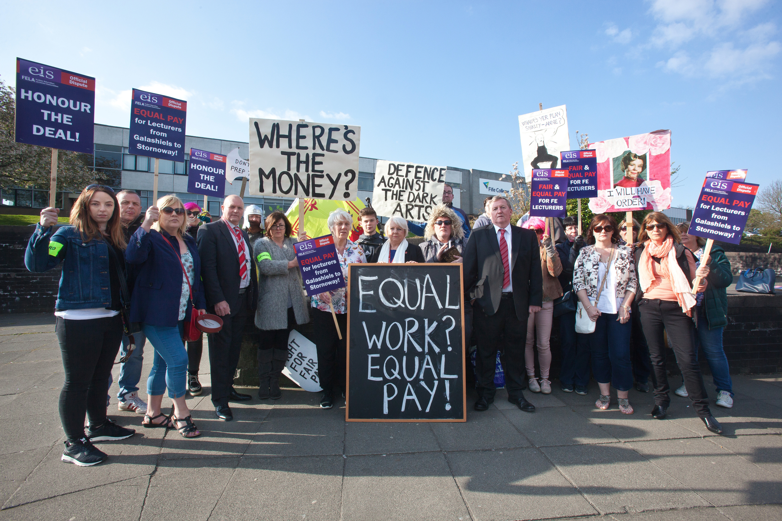 Alex Rowley MSP joins councillors supporting lecturers and students protesting about proposed cuts outside Fife College, Dunfermline.