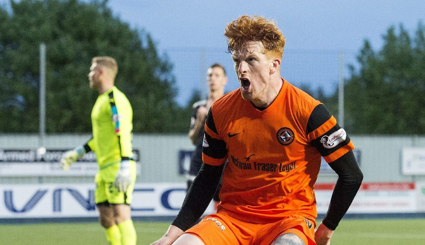 United goal hero Simon Murray.